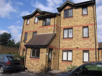 Property image of home to let in Vignoles Road, ROMFORD